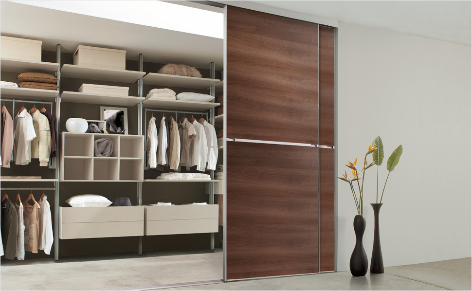 ungew hnlich regalsystem begehbarer kleiderschrank bilder. Black Bedroom Furniture Sets. Home Design Ideas